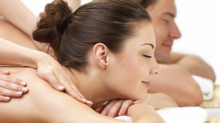 <b>Couples Massage</b>